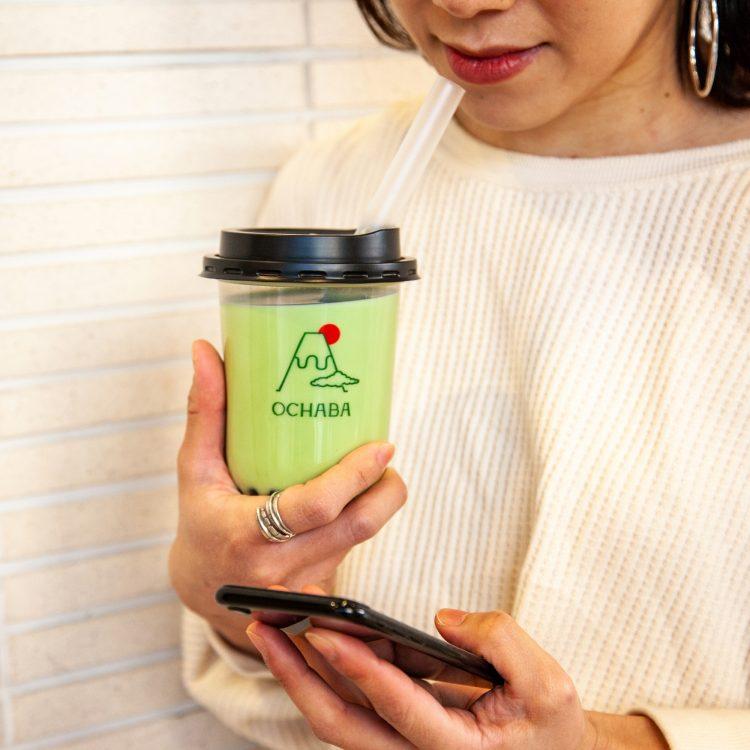 """日本初の""""日本茶ミルクティー専門店""""が新宿に登場!「OCHABA(オチャバ)」"""